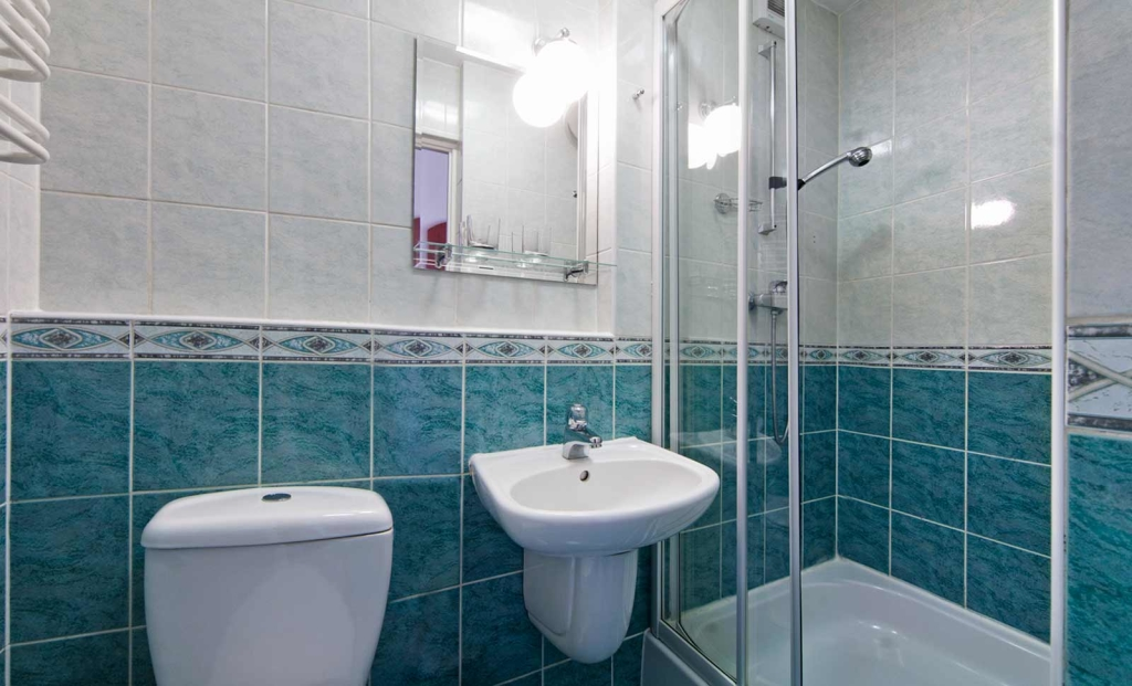 Apartament 3 pokojowy, łazienka - Sanatorium Uzdrowiskowe Róża
